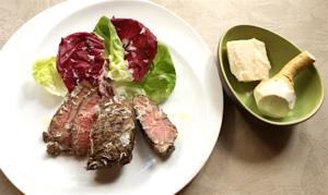 レストランのえぞ鹿ロース肉のグリル160g+パルミジャーノチーズ