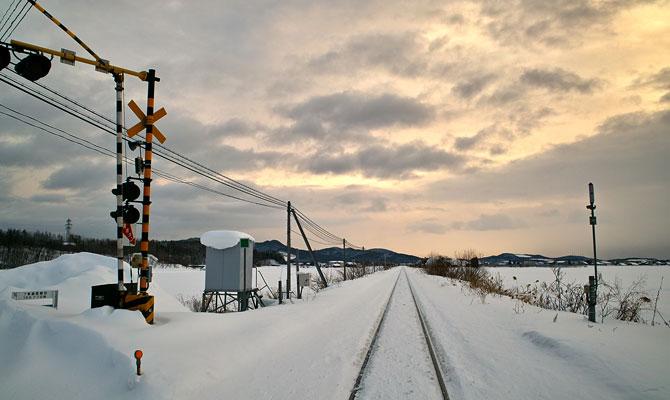冬の北海道線路